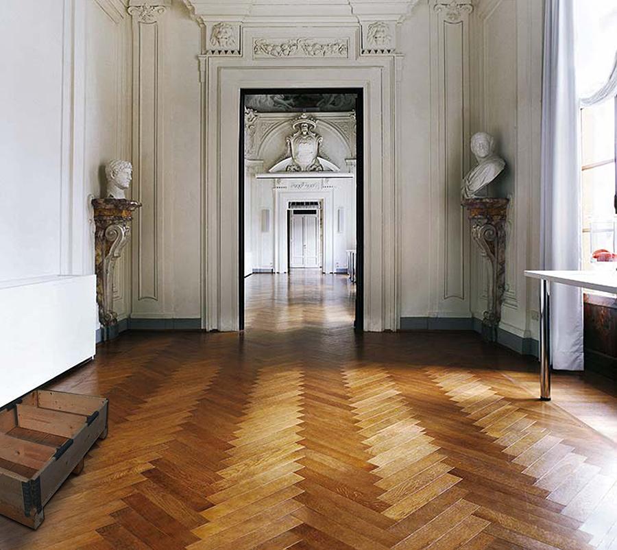 Interiores de casas. Interiores contemporáneos en un palacete